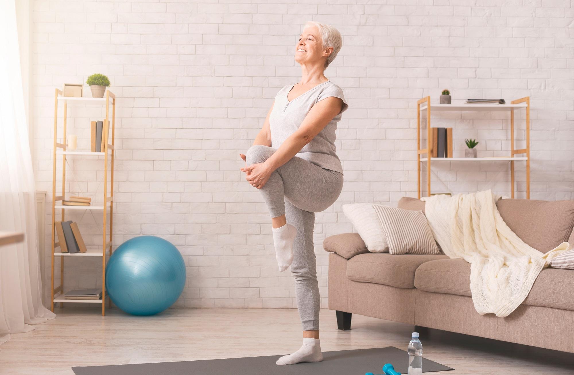 Des exercices de gym douce pour seniors