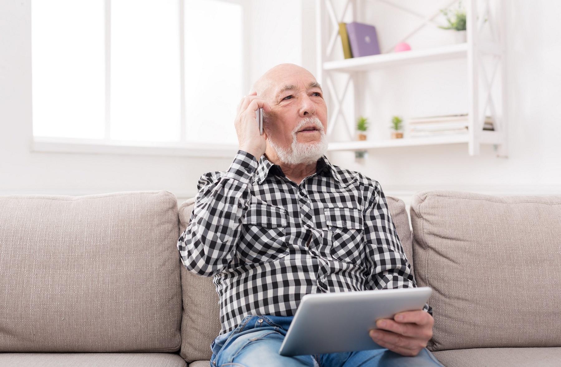 Covid-19 : appliquer des solutions innovantes pour rompre l'isolement des seniors