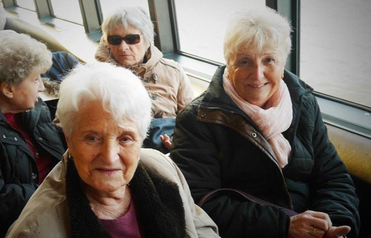 chauffeur pour personnes âgées