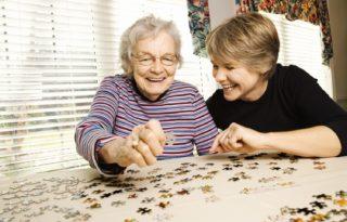 CetteFamille - L'accueil familial pour personnes âgées
