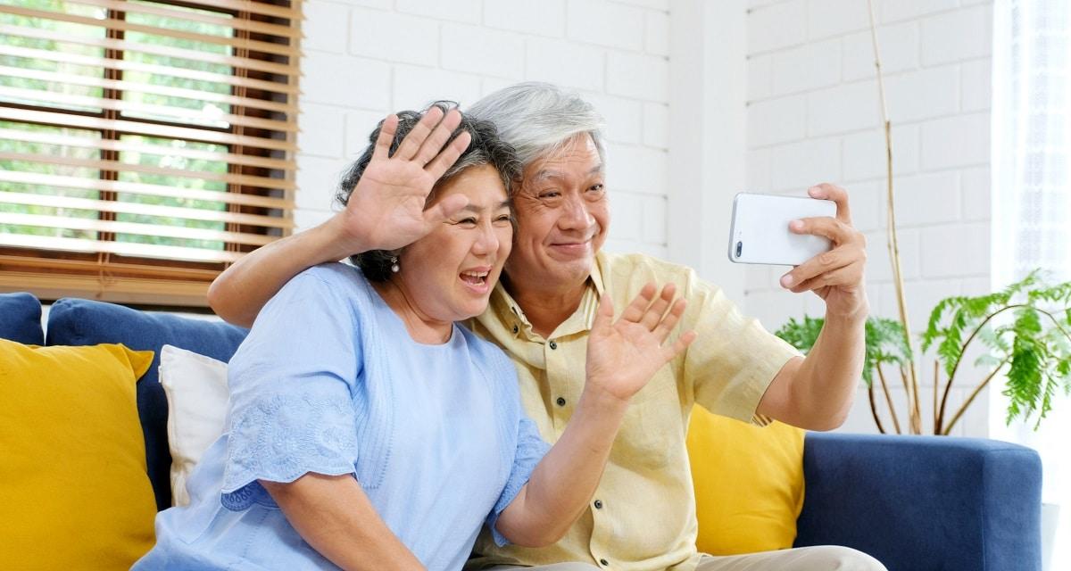 Seniors : quels outils numériques pour favoriser le lien social ?